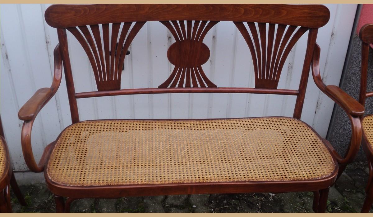 Divano con 4 sedie in paglia di vienna for Sedie acciaio e paglia di vienna