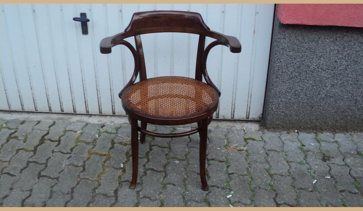 Sedie Viennesi Antiche.Sedia Thonet Con Seduta Rotonda In Paglia Di Vienna Con